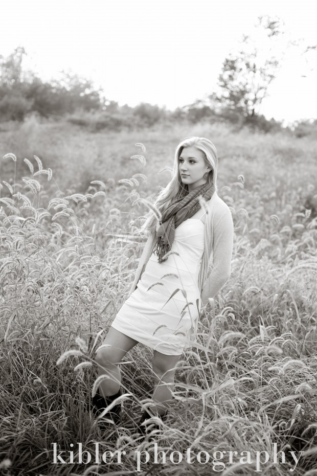 black and white senior photo
