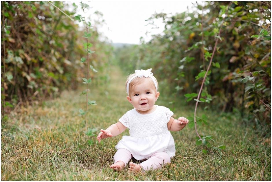 Grace 9 Months-0569.jpg